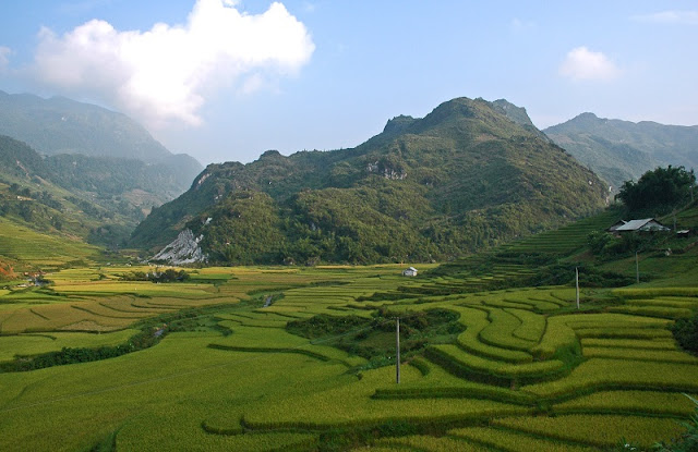 5 ideas for things to do in North Vietnam - local people 1