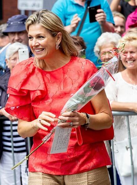 Queen Maxima visited De Delerij Foundation for refugees. Natan top