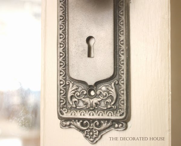 The Decorated House - How to Create an Antiqued Silver Paint Finish