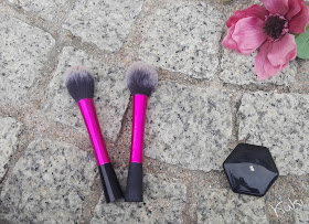 Blush Brush da Real Techniques, dupe do eBay