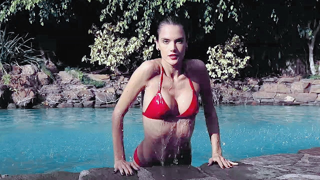 Soak up the last days of spring break with Alessandra Ambrosio