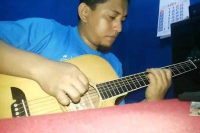 Cara Mudah Cepat Belajar Teknik Melodi Gitar Akustik