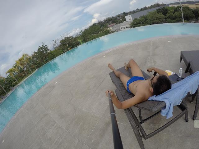 limketkai luxe hotel swimming pool