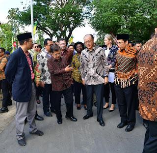 <b>Wapres JK Tinjau Penanganan Stunting di Desa Dakung Loteng</b>