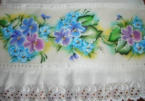 pintura em tecido violetas barrado