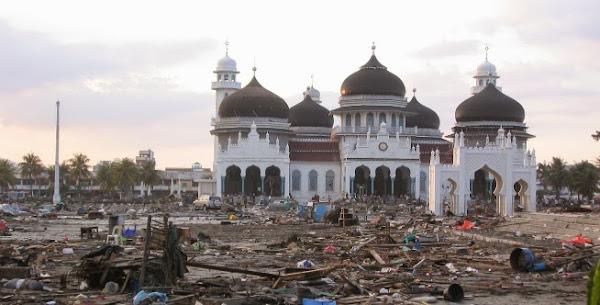 Masjid yang selamat dari bencana