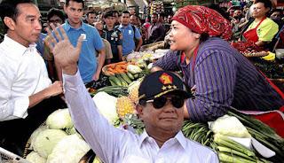 Pedagang Pasar ; Prabowo Bisa Enggak Beli Pisang Raja Kayak Jokowi?
