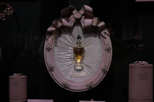 medaillon Diorissimo 1956Christian Dior