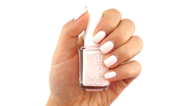Essie Peak Show Swatch