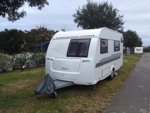 Foto de nuestra Adria Altea en Camping Itsas Mendi | Caravaneros.com