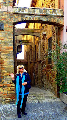 Pat Dunlap Medieval Streets Montefalco Umbria Italy