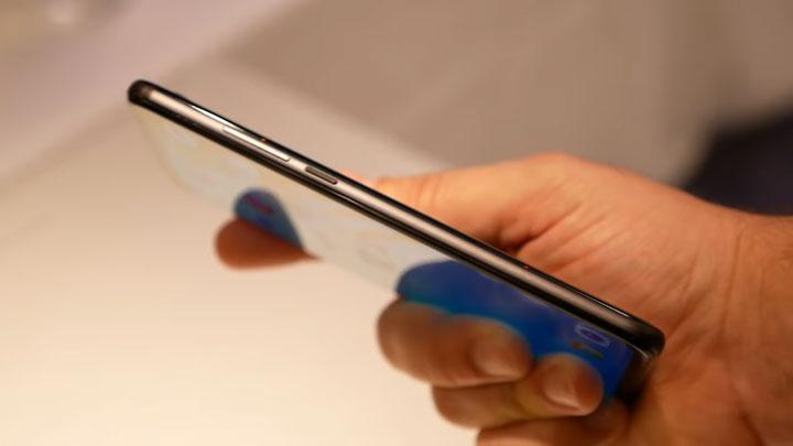 سعر و مواصفات Huawei Honor View 20 - بالصور مراجعة هونور V20