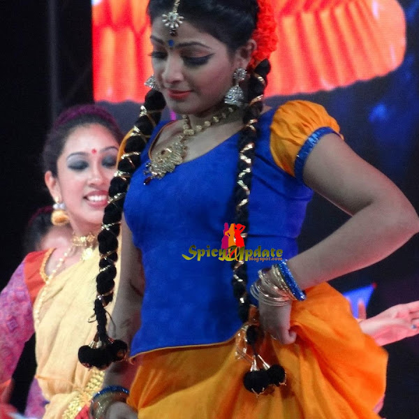Mallu actress Ananya and Mythili hot at Amma mega show 2013