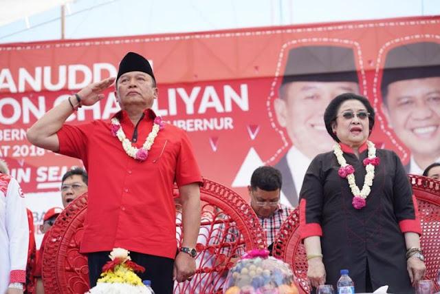 Megawati: Jangan Tertipu dengan Mereka yang Cakep-cakep, tapi Tidak Bisa Kerja, Netizen : Lebih Parah Lagi Kalau Plonga Plongo Terus Ga Bisa Kerja