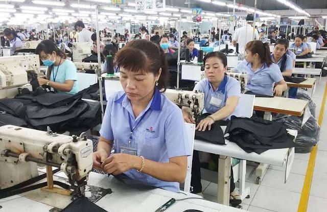 Lao động nữ nghỉ hưu sẽ có cách tính lương hưu mới