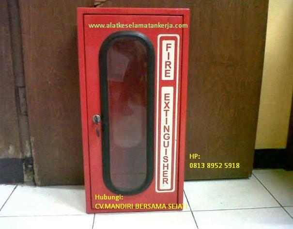 box apar kaca kunci pemadam kebakaran 3,5 kg
