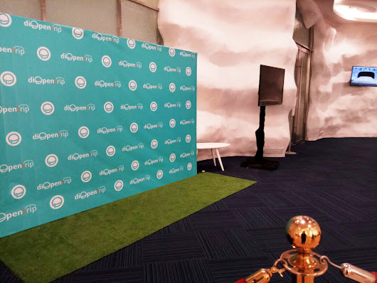 Backdrop & Dekorasi Stand Photobooth