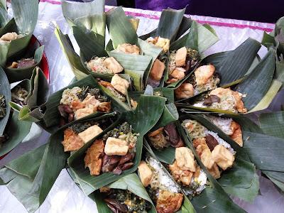 Tradisi ithuk-ithukan dusun Rejopuro, Banyuwangi.