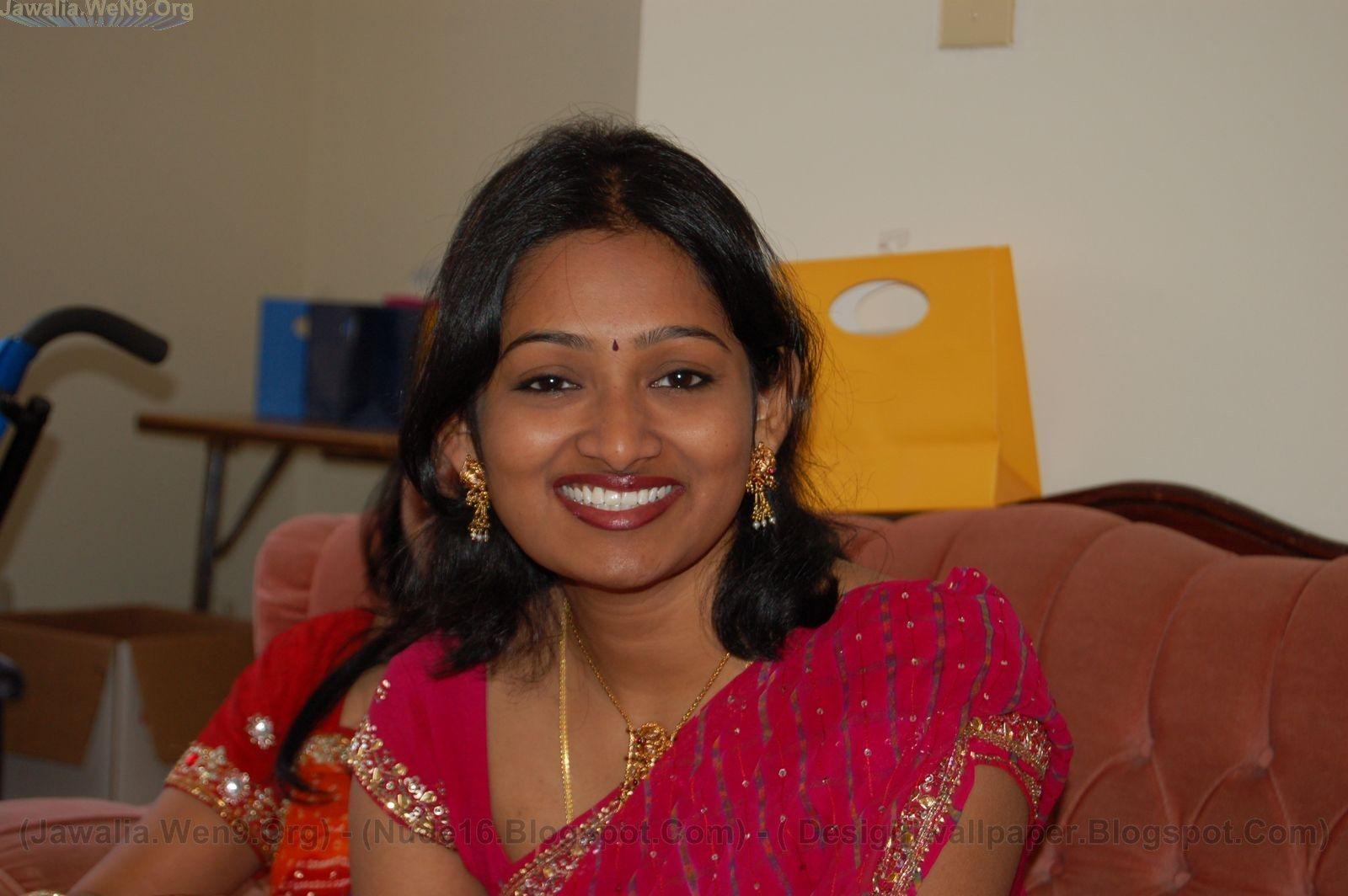 Indias No-1 Desi Girls Wallpapers Collection: CUTE DESI