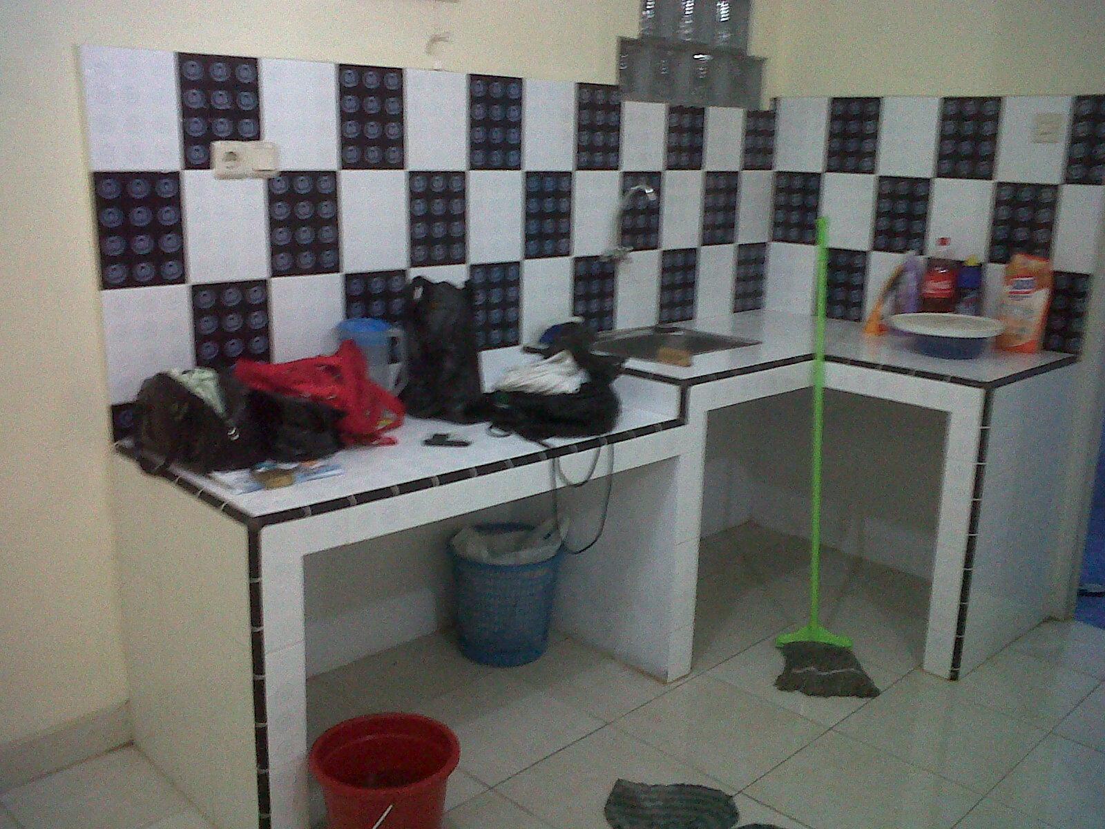 Elbastro Shop: Dijual Rumah di Kampung Melayu Besar