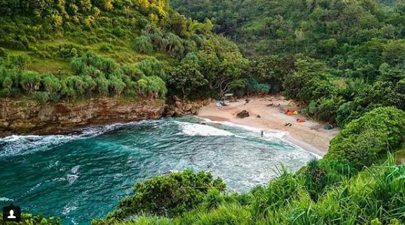 Camping Pantai Ngetun
