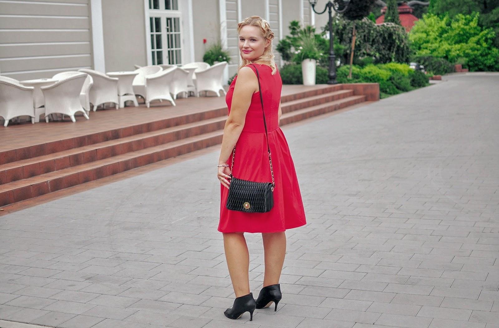 sukienka-na-sylwestra