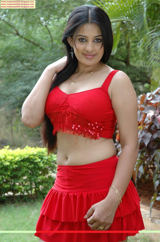 Mallu Aunty Roopa Kaur Hot In Red Navel Bikini Hot ...