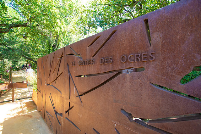 Le sentier des ocres-Circuito dell'ocra-Roussillon