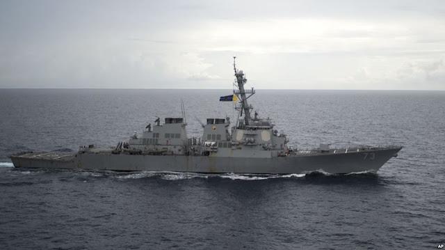 Tàu Trung Quốc cảnh cáo chiến hạm Mỹ 'sẽ nhận hậu quả' trên biển Đông