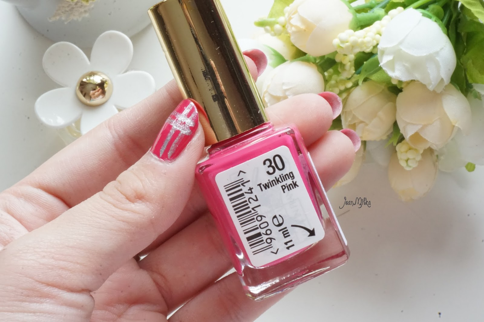 Fuschia, pink, nail polish, max factor