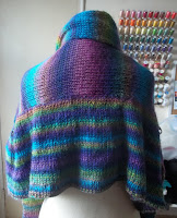 Image of back of Arced T shawl