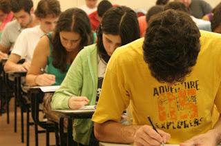 Mais de 8,6 milhões de estudantes fazem Enem hoje