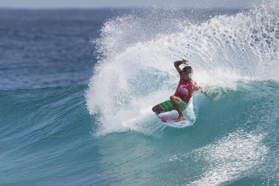 38 Filipe Toledo 2016 Quiksilver Pro Gold Coast foto WSL Kirstin Scholtz
