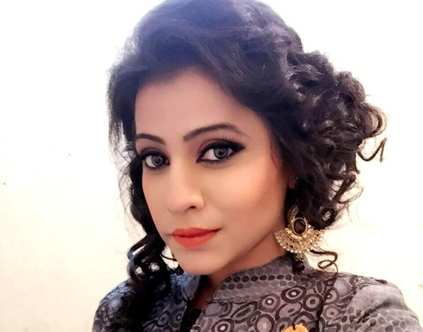 Bhojpuri Actress Priti Dhyani wikipedia, Biography, Age, Priti Dhyani Age, boyfriend, filmography, movie name list wiki, upcoming film, latest release film, photo, news, hot image