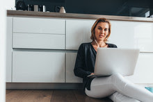 Tips On How to Stay Fit While Working From Home