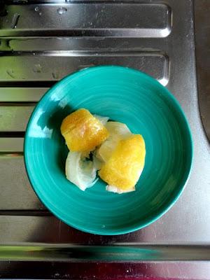 Ingredienti per le pulizie in casa: limoni biologici