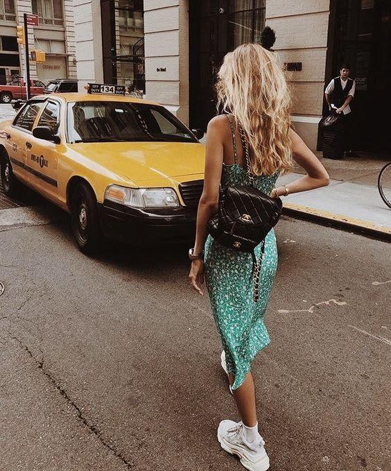 #whisperbysara #streetstyleblog #streetstyle #chunky #chunkysneakers #lookdodia #ootd #mvb