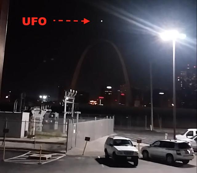 UFO News ~ Green Glowing UFO Over Mexico City and MORE UFO%252C%2BUFOs%252C%2Bmothership%252C%2Bmoon%252C%2Bluna%252C%2Blunar%252C%2Barch%252C%2Breal%252C%2BApollo%252C%2B15%252C%2B18%252C%2B20%252C%2BNASA%252C%2Bspace%252C%2Bbase%252C%2BUSAF%252C%2BNSA%252C%2BCIA%252C%2Btop%2Bsecret114