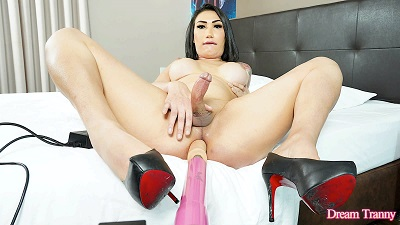 DreamTranny – Gabrielly Soares Asian Shemale Machine Banged