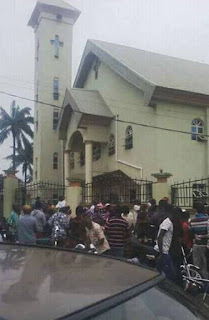More Than 10 Worshippers Dead As Un Identified Gun Men Invade Catholic Church In Anambra 11