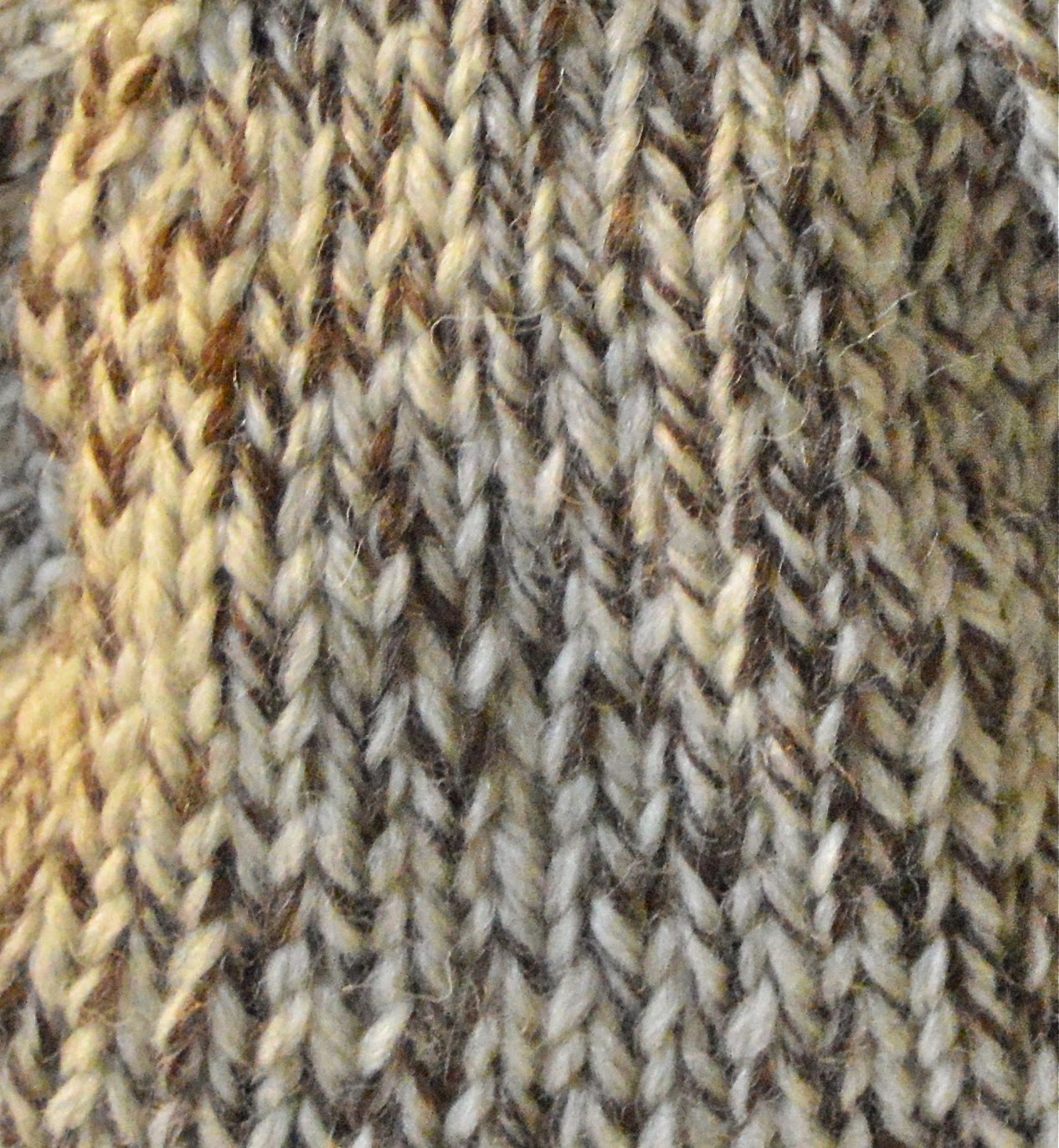 hand knit, jeanniegrayknits.etsy.com