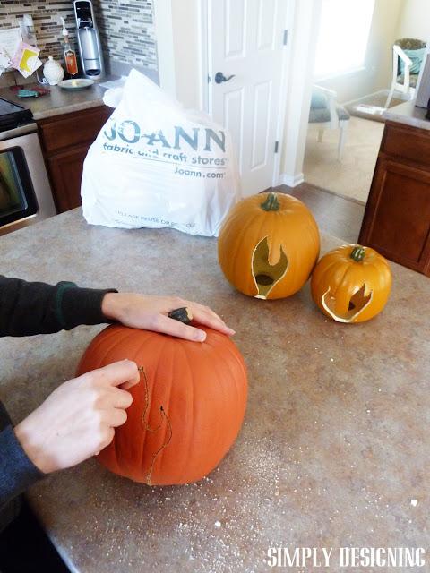 How to Carve a Funkins Pumpkin | #spookyspaces #pumpkins #pumpkincarving #halloween #funkins