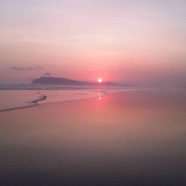 Sunset di Pantai Marengan Banyuwangi.