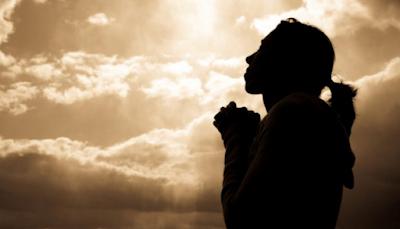 Doa-Doa Dasar Iman Katolik (Tanda Salib, Kemuliaan, Bapa Kami, Salam Maria, dan Doa Rosario)