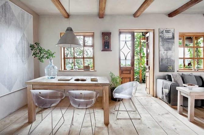 Interior madera y decoraci n natural en una vivienda que for Muebles la toskana chiclana