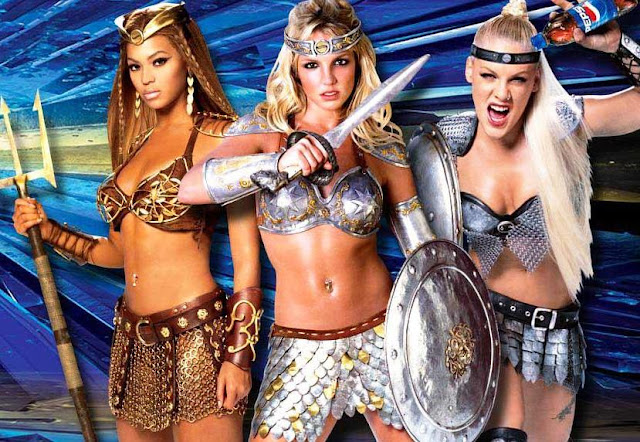 Video: Britney Spears, Beyonce y Pink - We Will Rock You