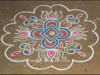 simple-kolam-at-entrance-2912a.jpg