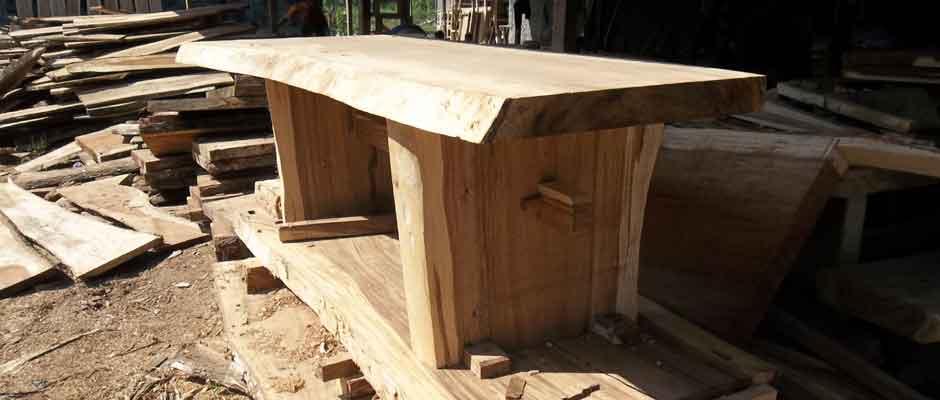 Istana Furniture Suar Bench