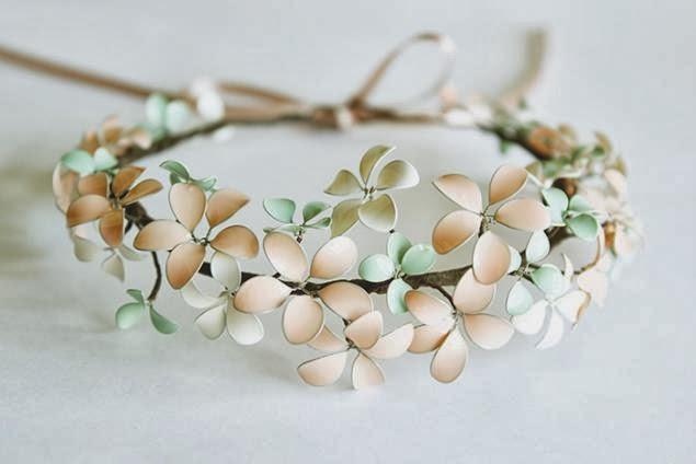 http://craft.easyfreshideas.com/nail-polish-flower-flower/
