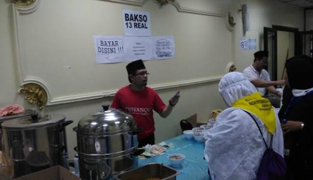 Bakso Menjadi Kuliner Favorit Yang Paling Diburu Para Jamaah Haji di Madinah